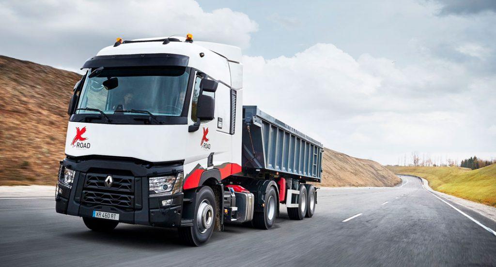 RENAULT TRUCKS OFRECE el vehículo A MEDIDA: T X-ROAD con excelentes condiciones